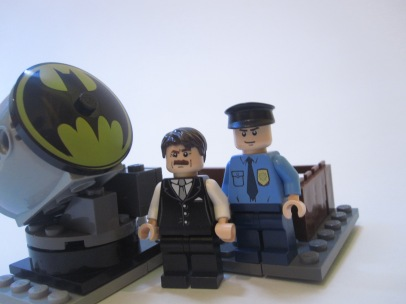 Light the Bat Signal Horace, this is a case for Batman. kit created by Nightwing50 https://ideas.lego.com/projects/22508