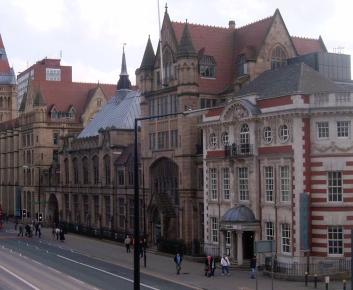 Manchester Museum copyright http://en.wikipedia.org/wiki/User:Pit-yacker