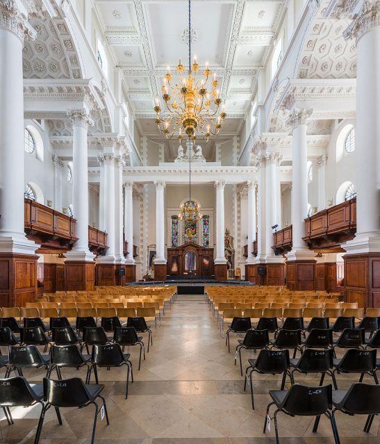 Christ_Church,_Spitalfields_Interior,_London,_UK_-_Diliff