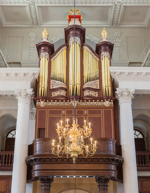 Christ_Church,_Spitalfields_Organ,_London,_UK_-_Diliff