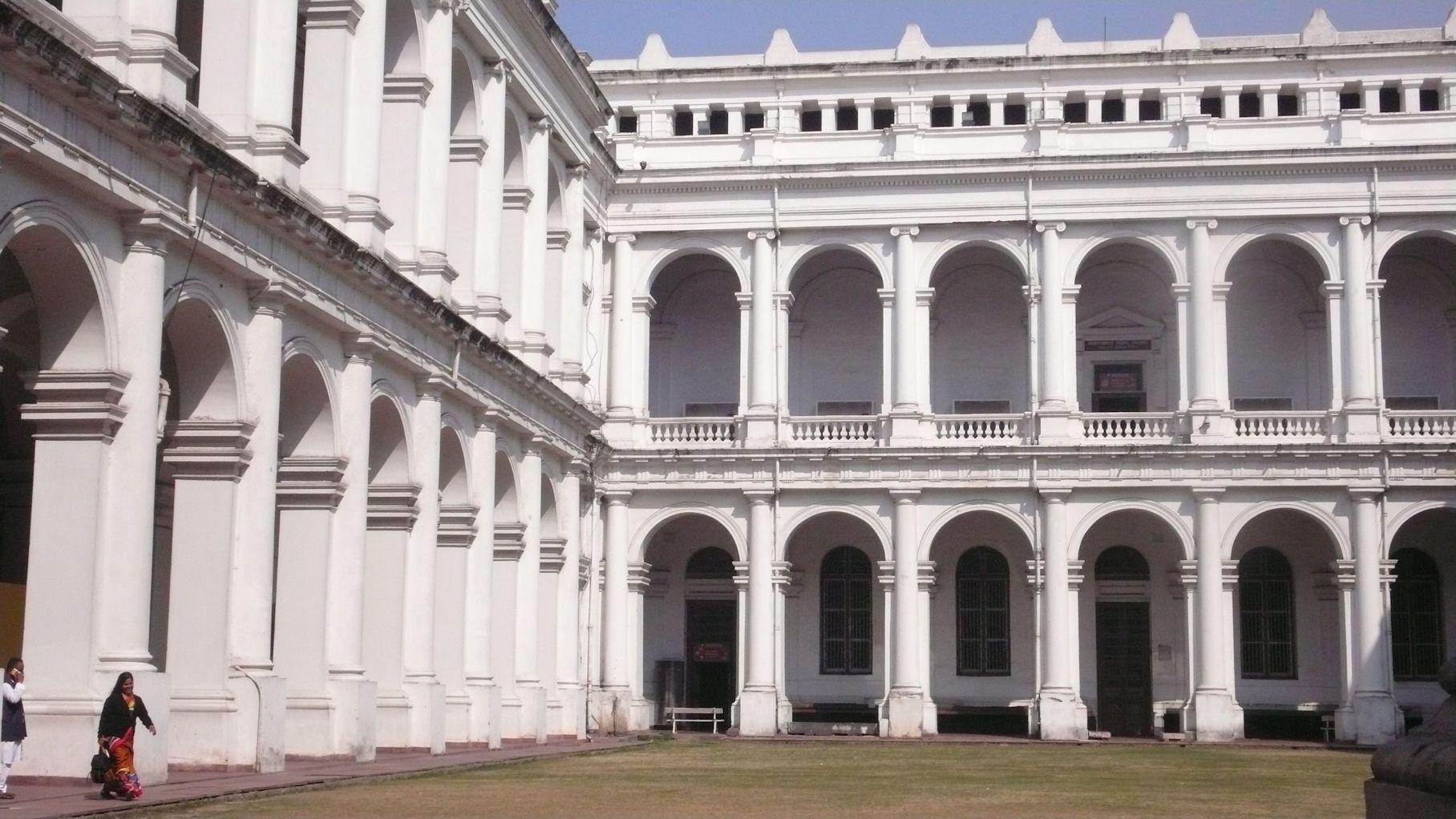 Figure 1 Indian Museum Kolkata courtyard
